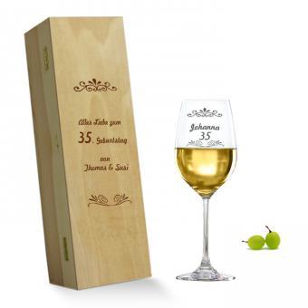 Weißweinglas in Holzkiste *Geburtstag*