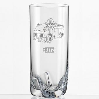 Saftglas mit Feuerwehrauto als Motiv und mit Gravur