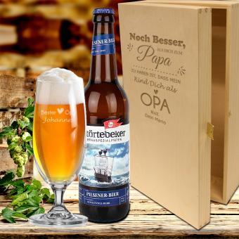 """Bier Geschenkset - """"Noch besser als"""" für den Papa und Opa mit graviertem Bierglas und Holzkiste"""
