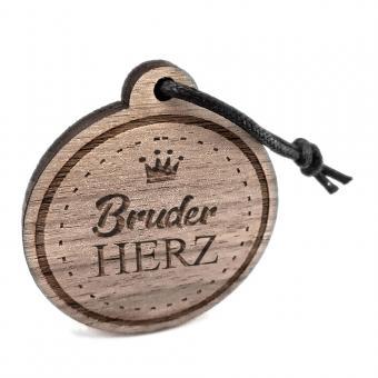 """Anhänger aus Holz mit Gravur """"Bruderherz"""""""