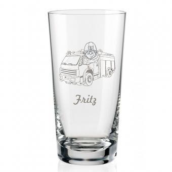 Schönes Saftglas mit Feuerwehrauto und Namen graviert