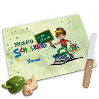 Frühstücksbrettchen zur Einschulung für Jungen personalisiert