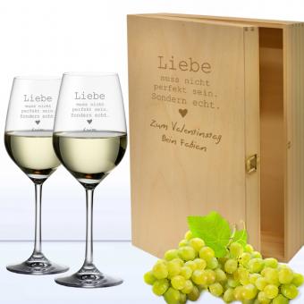 Weißwein Geschenkset Liebe muss nicht ... in 3er Holzkiste