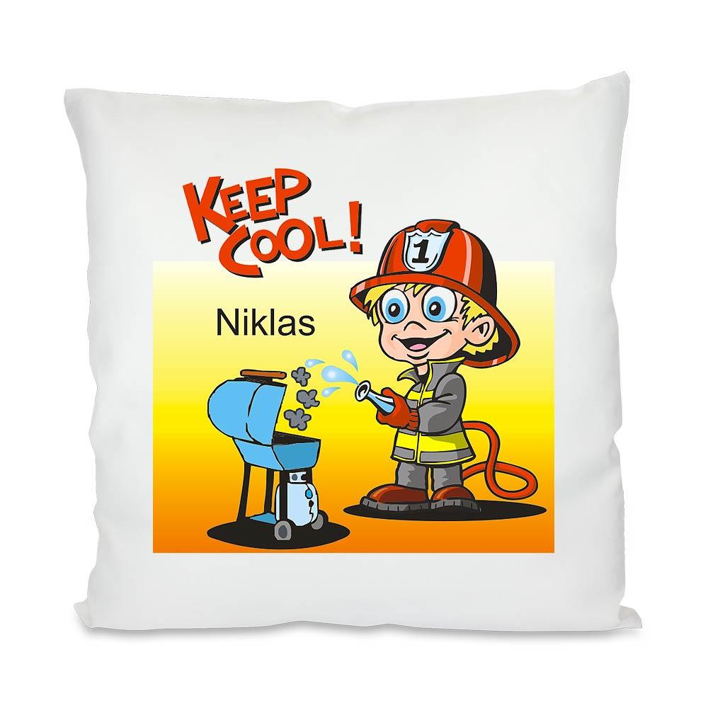 kissen feuerwehrmann f r kinder mit namen personalisiert geschenkplanet. Black Bedroom Furniture Sets. Home Design Ideas