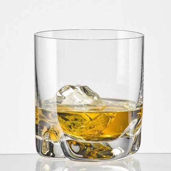 whiskyglas zur mit individueller gravur geschenkplanet. Black Bedroom Furniture Sets. Home Design Ideas